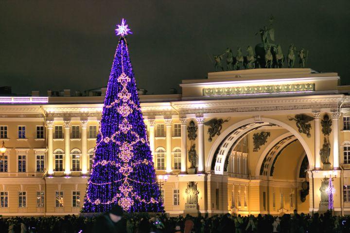 Новый год на Дворцовой площади в Питере