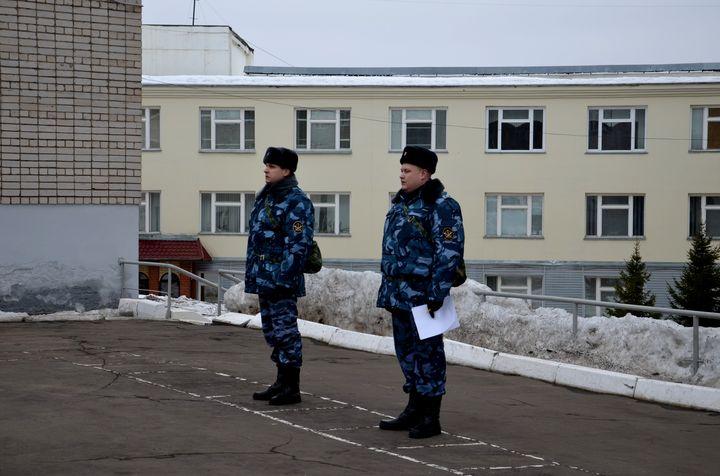 Служащие ФСИН