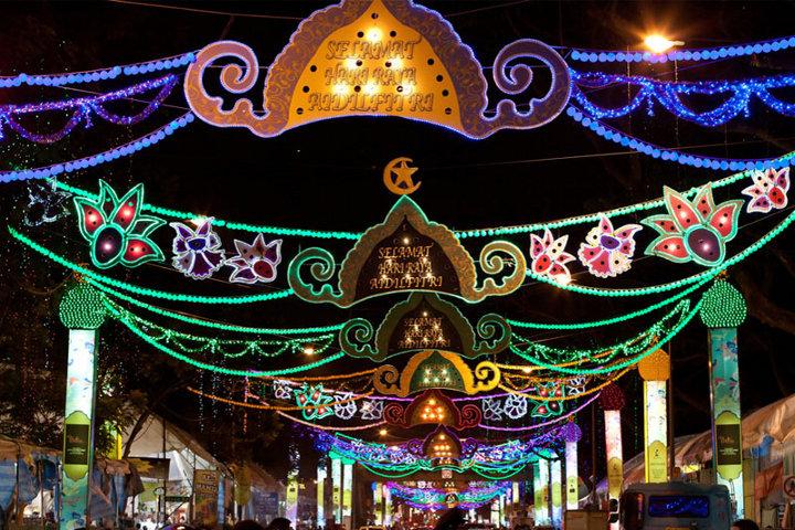 праздничное украшение улицы
