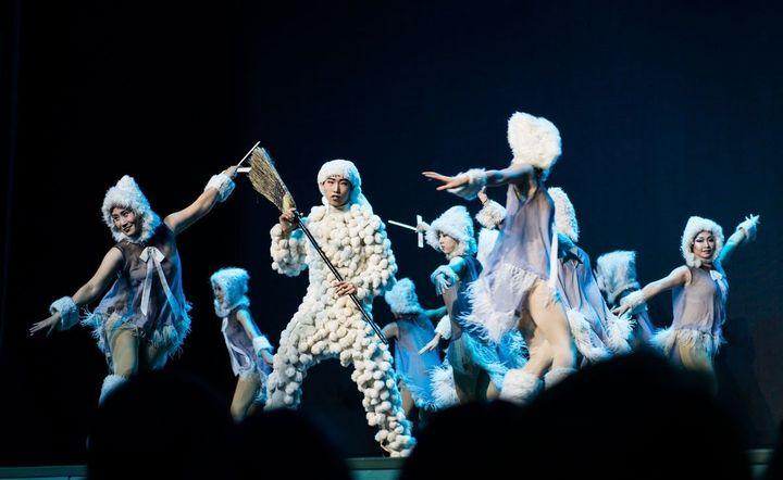 • Шоу из Китая «Щелкунчик»